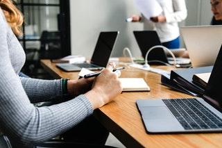 A cégkivonat és a cégmásolat közötti különbségek